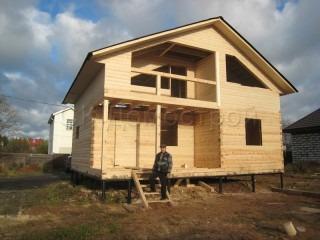 Сруб дома в Тихвине